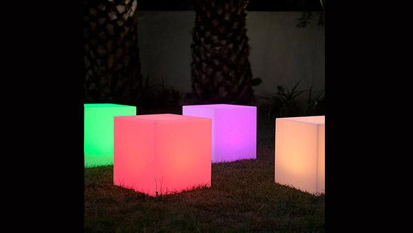 Location décoration lumineuse - Cube à leds - Rennes - Bretagne
